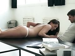 Butt-banged Beauty Pleased By Her Paramour