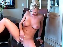 Dirty Maid Bree Olson Works Her Trimmed Muff